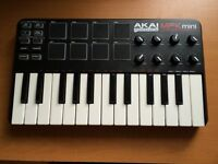 AKAI MPK MINI PRODUCTION KEYBOARD