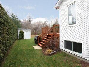 Les Coteaux  Demandez une visite elle vous épateras à coup sûr West Island Greater Montréal image 8