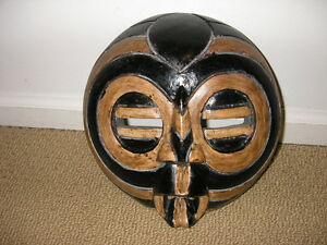 Old Wooden African Mask (ready for display/8.5 inches)