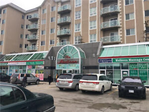 Retail store for lease (450sqf)