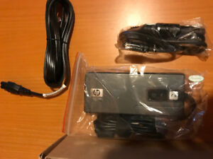 HP 90W Smart AC/Auto/Air Combo Adapter