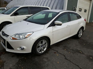 SOLD SOLD SOLD!!!   THANKS!!!   2012 Ford Focus SEL Sedan