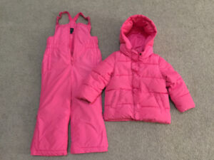 GAP warm snow suit size 4 in excellent condition $65 firm