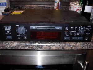 Tascam Mini Disc MD 350 Professional Player/ Recorder