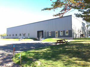 +/- 3,900 sf Industrial Building For Lease