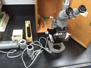 Microscope de laboratoire Olympus - Olympus laboratory Microscope