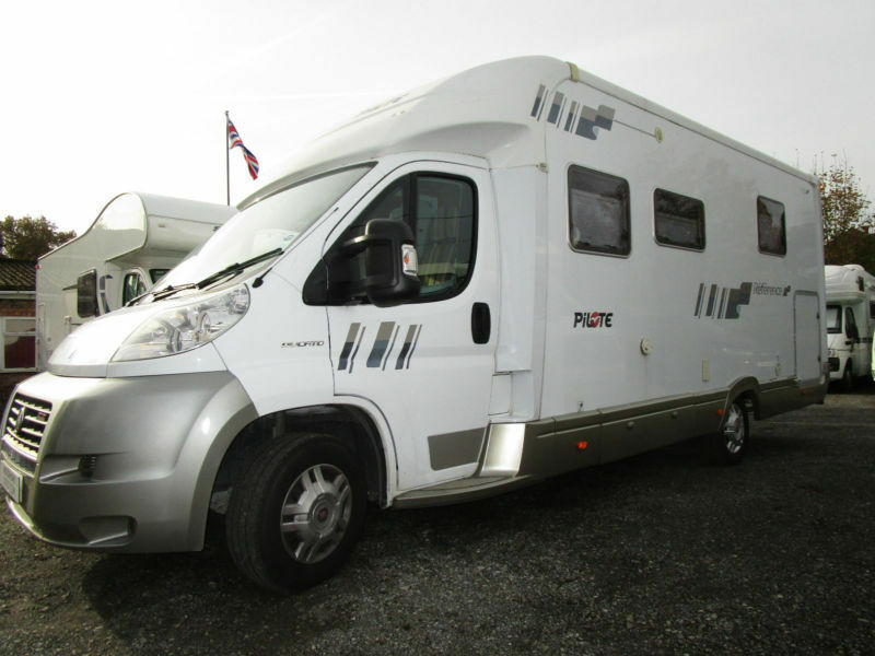 Pilote Reference 730G Luxury 3 Berth Island Bed Motorhome For Sale