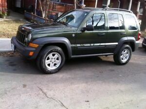 2006 Jeep Liberty Sport - Trail rated SUV, Crossover
