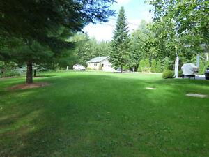 Cottage - bord du Lac St-Jean - Louise Boulanger -ROYAL LEPAGE Lac-Saint-Jean Saguenay-Lac-Saint-Jean image 6