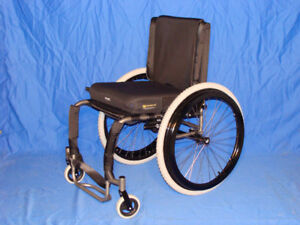 Wheelchair - Hi Lite Titanium - Model #71
