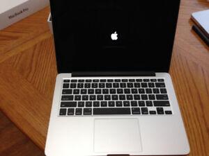 "Very Nice 13"" 2015 MacBook Pro Retina Intel i5 in Mint Condition"