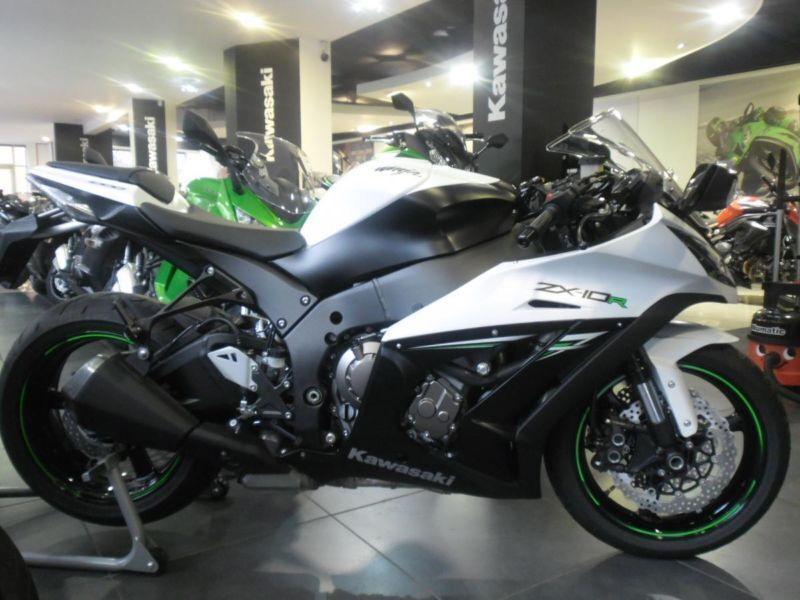 2014 Kawasaki ZX10 Low rate finance and 4.9% PCP deals available ...