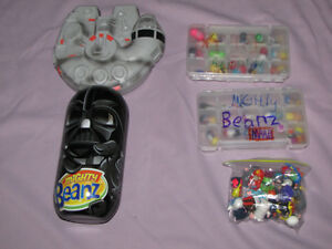 FOR SALE LOT OF MIGHTY BEANZ W/STAR WARS CASE SOME RARE