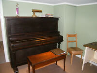 Guitar and Piano Lessons in Brantford's East Ward