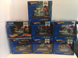 2005 Hot Wheels 1:18 Motorcycles  lot of 7