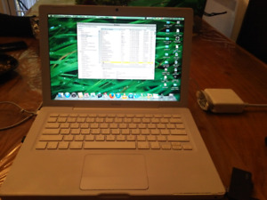 MACBOOK PRO 2008 , CORE 2DUO 2.4G, OS X LION 10.7