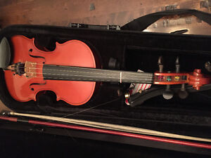 European violin with case and carbon bow Peterborough Peterborough Area image 4