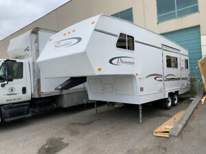 2003 Frontier Fifth Wheel