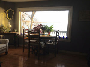 LAKEFRONT  Two Bedroom Cottage with private beach for sublet West Island Greater Montréal image 3