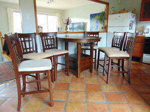 Dining room or kitchen table set bistro style with 6 chairs