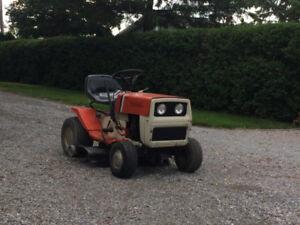 tracteur a gazon