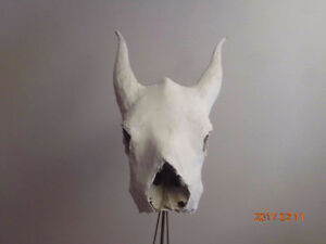 sculpture cow scull