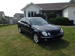 **REDUCED** MERCEDES-BENZ E500 4MATIC