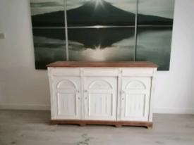 Beautiful soild pine painted oak sideboard