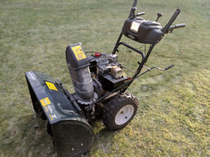 Snowblower with electric start