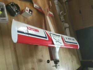 Skylark remote controled airplane