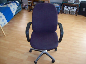 CHAIR  --  DESK / OFFICE