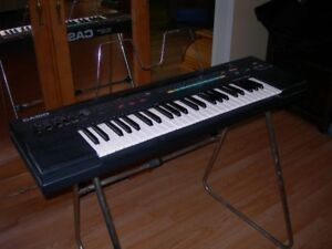 Casio 465 Sound Tone Bank Keyboard
