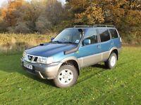 Nissan terrano 2003 3.0 sve lwb 4x4 off roader spares or repair