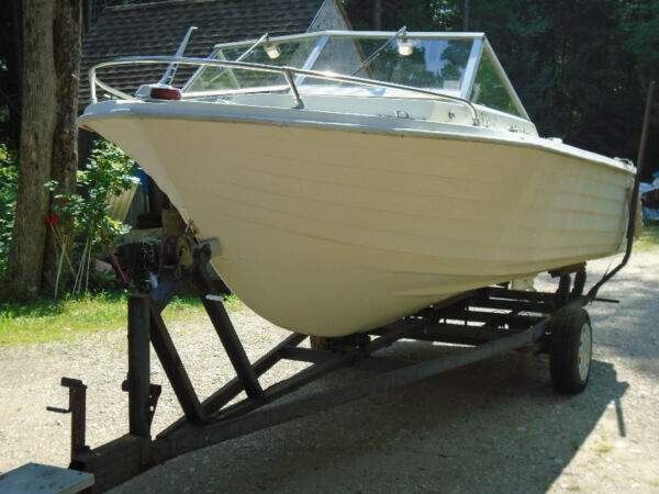 Used 1975 Other Munro 19ft with 85hp Johnson and heavy duty traile
