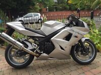 2004 triumph Daytona 600 very clean bike long mot finance £2595