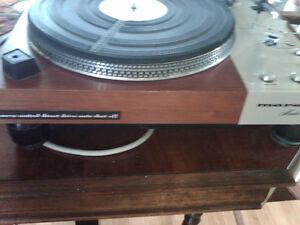 Vintage Marantz Model 6300 Turntable/record player