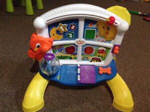 Musical baby or toddler play bilingual toy