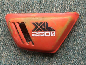 1978 1979 Honda XL250S Right Side Panel Sidecover