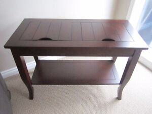 MOVING SALE! LOTS OF HOME DECOR! FURNITURE! OTHER ITEMS.