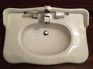 30 inch vanity sink with or without taps Cambridge Kitchener Area image 1