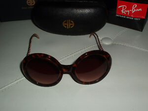 House of Harlow 1960 Sasha Sunglasses Downtown-West End Greater Vancouver Area image 2