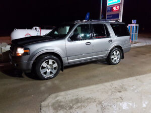 2010 Ford Expedition Limited - Leather, DVD, Nav, New Tires