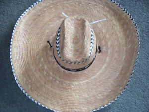 "AUTHENTIC MEXICAN ""SOMBRERO"" 21 1/2 in Kawartha Lakes Peterborough Area image 1"