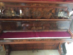 Fritz Kuhla Upright Piano