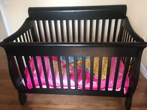 3 in 1 crib with mattress and bed setting