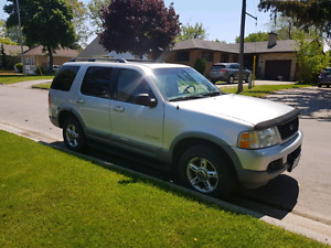 2002 Ford Explorer 4×4 ***$800***WIFE WANTS HER GONE***