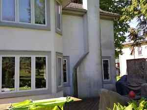 Professional stucco cleaning with Supreme Mobile Wash Cambridge Kitchener Area image 2