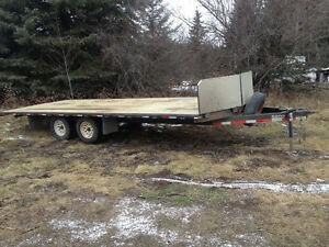 2006 RTS 22'x8' 4 place sled/ quad trailer for trade