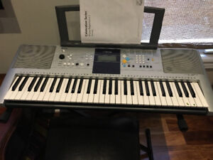 Selling Yamaha keyBoard at very reasonable Price
