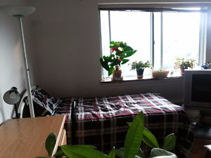 Amazing Furnished Room in the heart of Downtown Mcgill Concordia